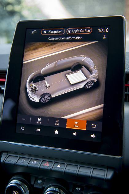 2021 Renault Clio E-Tech Hybrid - UK version 11