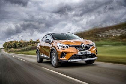 2021 Renault Captur E-Tech Plug-in Hybrid - UK version 2