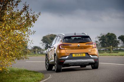 2021 Renault Captur E-Tech Plug-in Hybrid - UK version 4
