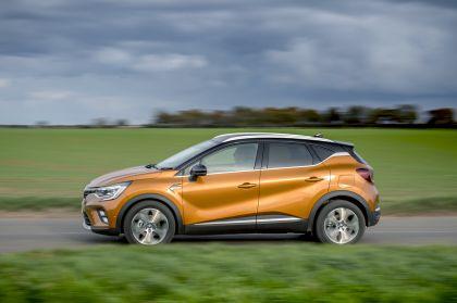 2021 Renault Captur E-Tech Plug-in Hybrid - UK version 6