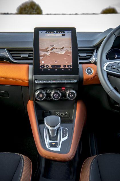 2021 Renault Captur E-Tech Plug-in Hybrid - UK version 10