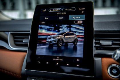 2021 Renault Captur E-Tech Plug-in Hybrid - UK version 12