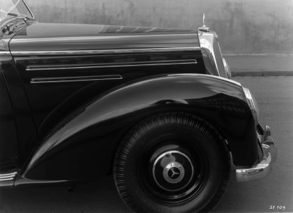 1951 Mercedes-Benz 220 ( W187 ) 6