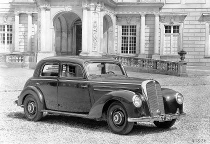 1951 Mercedes-Benz 220 ( W187 ) 9