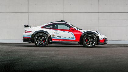 2012 Porsche 911 Vision Safari 6