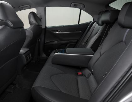 2021 Toyota Camry 19