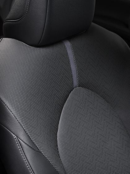 2021 Toyota Camry 28
