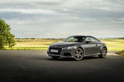 2021 Audi TTS coupé bronze selection 1
