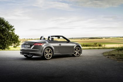 2021 Audi TTS roadster bronze selection 4