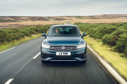2021 Volkswagen Tiguan R-Line - UK version 3