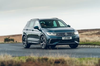 2021 Volkswagen Tiguan R-Line - UK version 9