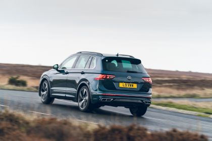 2021 Volkswagen Tiguan R-Line - UK version 10