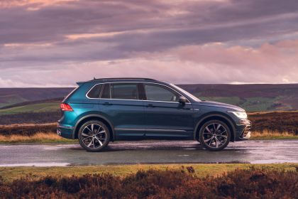 2021 Volkswagen Tiguan R-Line - UK version 28