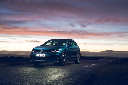 2021 Volkswagen Tiguan R-Line - UK version 37