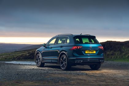 2021 Volkswagen Tiguan R-Line - UK version 40