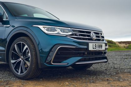 2021 Volkswagen Tiguan R-Line - UK version 42
