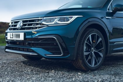 2021 Volkswagen Tiguan R-Line - UK version 43
