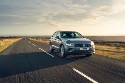 2021 Volkswagen Tiguan Life - UK version 1