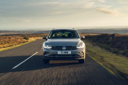 2021 Volkswagen Tiguan Life - UK version 2