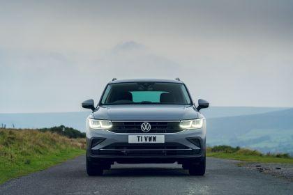 2021 Volkswagen Tiguan Life - UK version 19