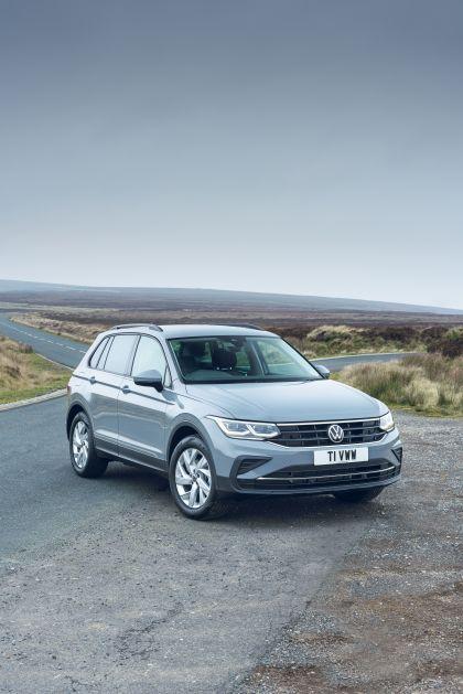 2021 Volkswagen Tiguan Life - UK version 21