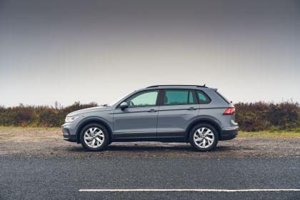 2021 Volkswagen Tiguan Life - UK version 23