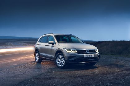 2021 Volkswagen Tiguan Life - UK version 25