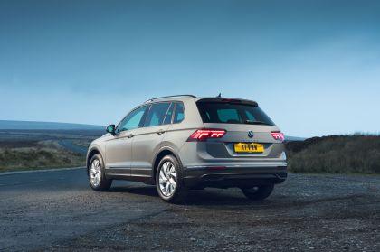 2021 Volkswagen Tiguan Life - UK version 26