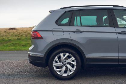 2021 Volkswagen Tiguan Life - UK version 42