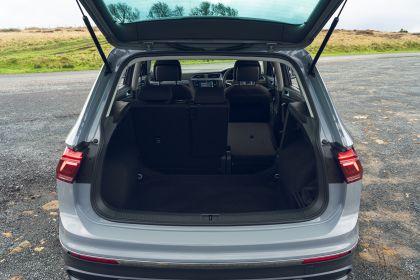 2021 Volkswagen Tiguan Life - UK version 48