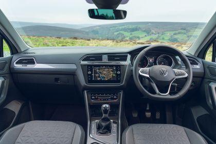 2021 Volkswagen Tiguan Life - UK version 56