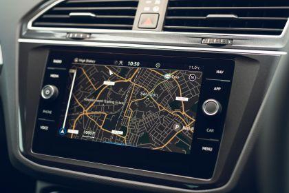 2021 Volkswagen Tiguan Life - UK version 64