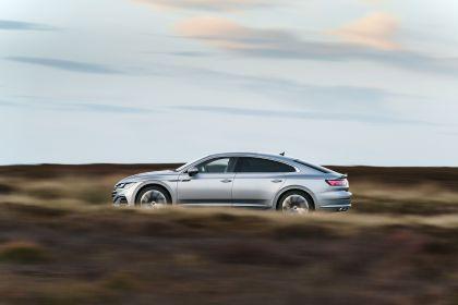 2021 Volkswagen Arteon - UK version 30