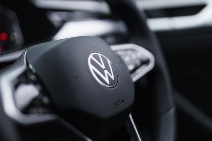 2021 Volkswagen Arteon - UK version 61