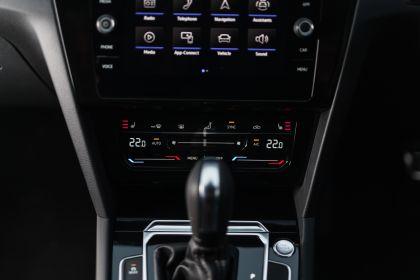 2021 Volkswagen Arteon - UK version 69