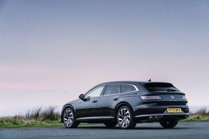 2021 Volkswagen Arteon Shooting Brake - UK version 4