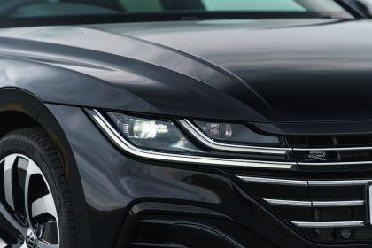 2021 Volkswagen Arteon Shooting Brake - UK version 38