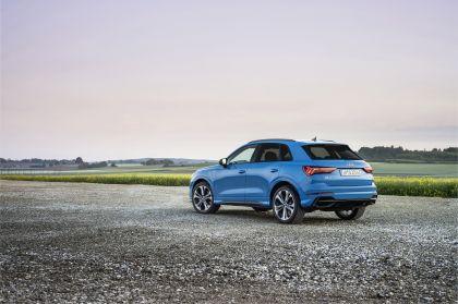2021 Audi Q3 45 TFSI e 9