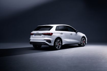 2021 Audi A3 Sportback 45 TFSI e 3