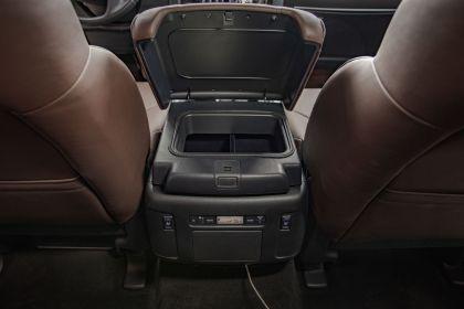 2021 Nissan Armada 36