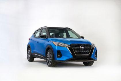 2021 Nissan Kicks 15