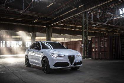 2021 Alfa Romeo Stelvio Veloce Ti 13