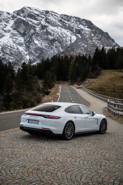 2021 Porsche Panamera Turbo S E-Hybrid 10