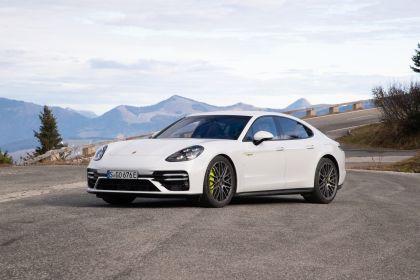 2021 Porsche Panamera Turbo S E-Hybrid 11