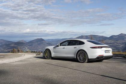 2021 Porsche Panamera Turbo S E-Hybrid 15