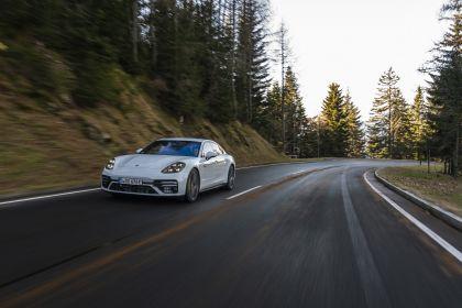 2021 Porsche Panamera Turbo S E-Hybrid 24