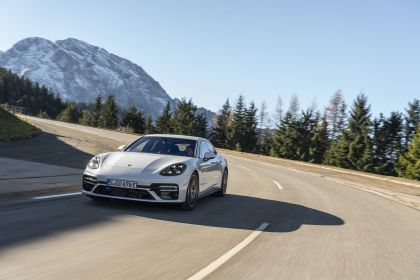 2021 Porsche Panamera Turbo S E-Hybrid 27