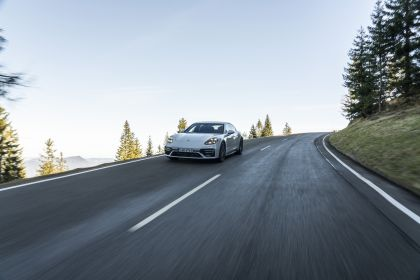 2021 Porsche Panamera Turbo S E-Hybrid 29