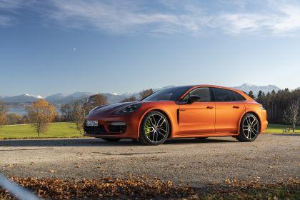 2021 Porsche Panamera 4 E-Hybrid Sport Turismo 1