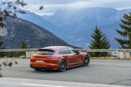 2021 Porsche Panamera 4 E-Hybrid Sport Turismo 4